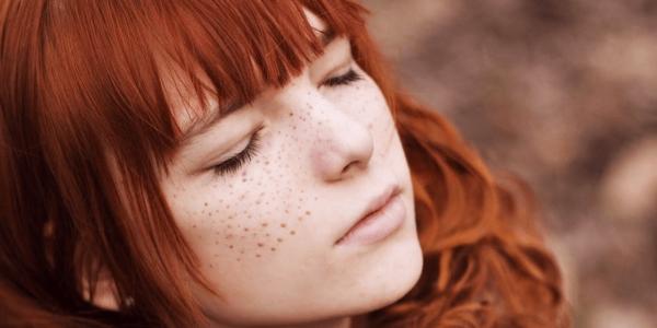 Красно-насыщенный цвет волос