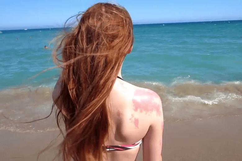 Как не испортить волосы на море